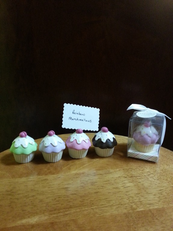 cupcake place card holder and candle