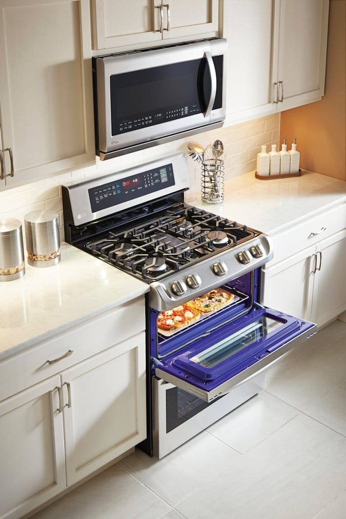 Dreaming of a new kitchen with the LG ProBake Double Oven @BestBuy @LGUS #ad http://bby.me/52xs