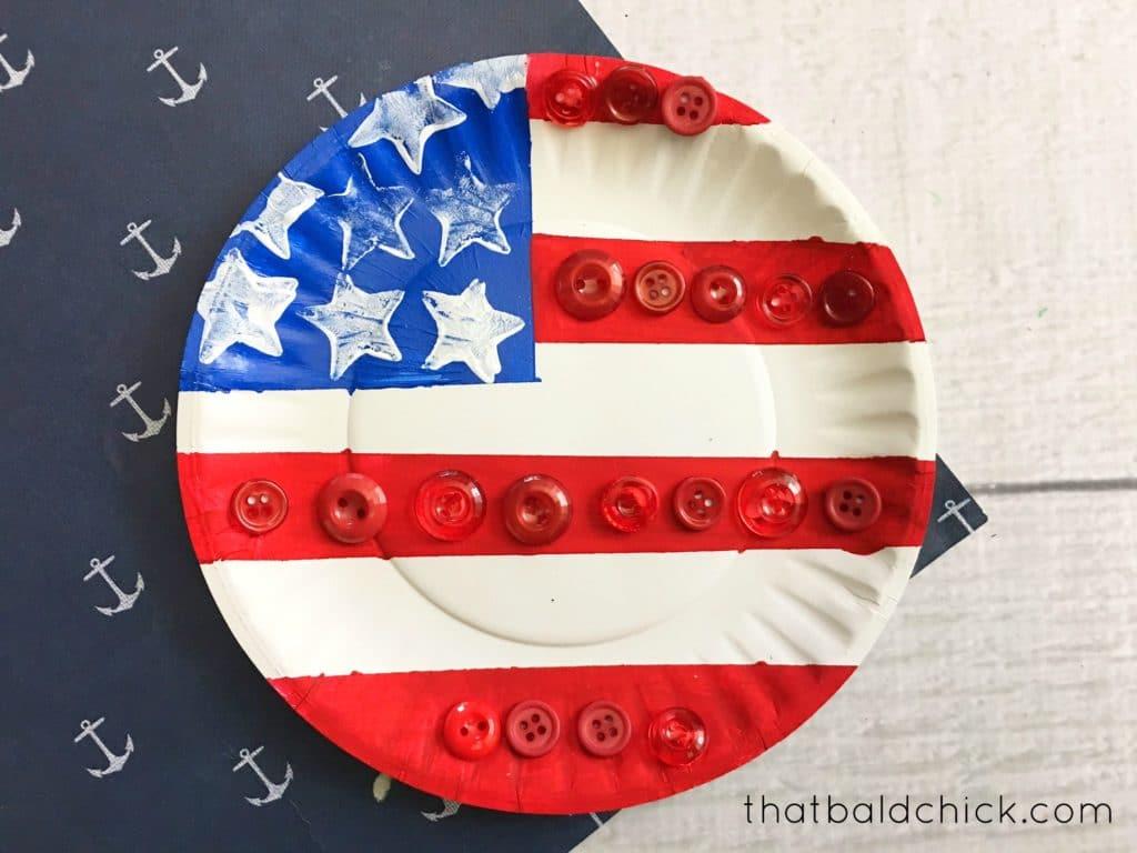 paper plate flag at thatbaldchick.com