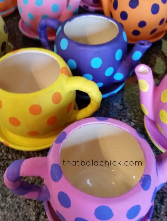 polka dot teapot planters at thatbaldchick.com