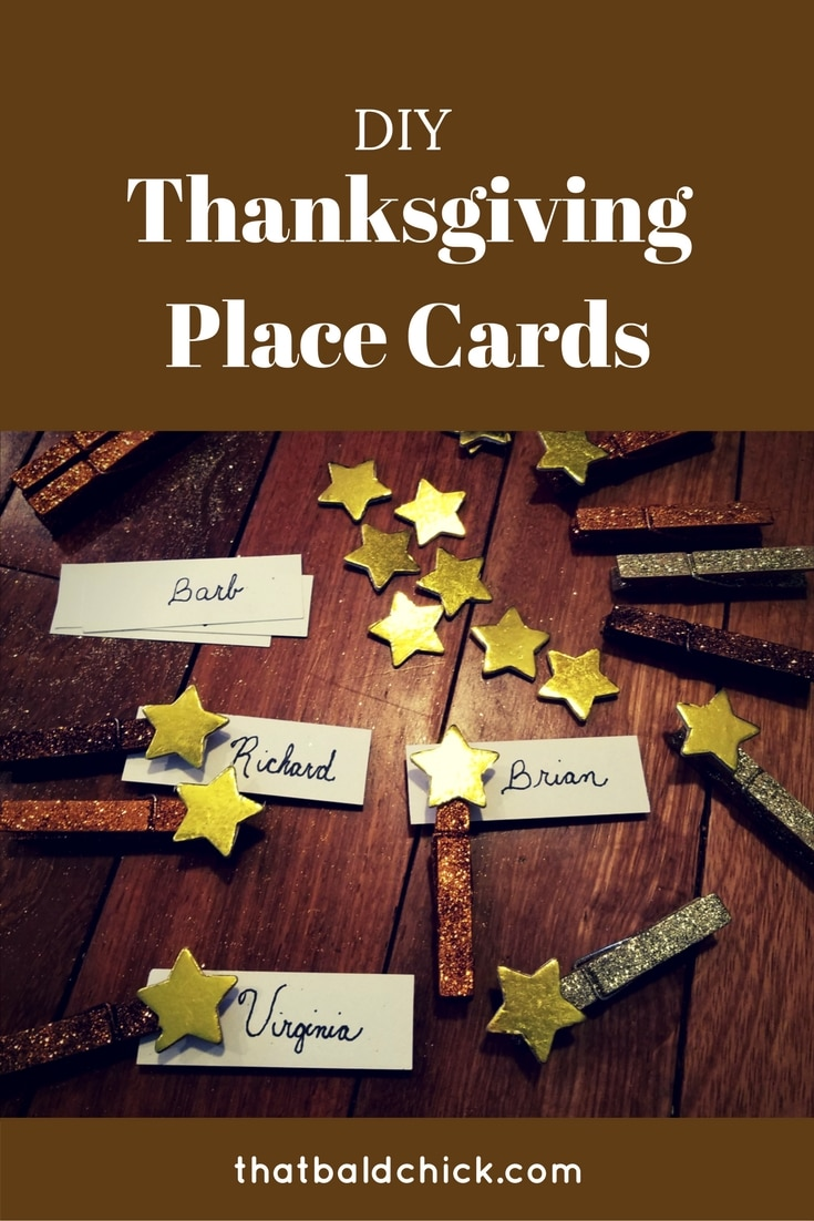 Add these #DIY #Thanksgiving place cards to your table to make your dinner, and your guests, feel special!